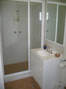 bathroom Flat 2